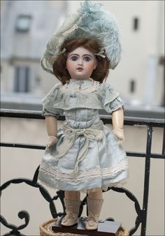 Jumeau Bebe - antique French doll