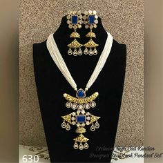 Pearl necklace #necklace#jewellery Gemstone Jewelry, Gold Jewelry, Beaded Jewelry, Fine Jewelry, Traditional Indian Jewellery, Indian Jewelry, Diamond Necklaces, Pearl Necklace, Royal Indian