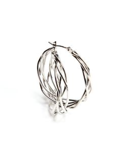 Cool take on hoops.wonder how big they are. Wire Jewelry, Silver Jewelry, Jewelry Necklaces, Jewellery, Women's Earrings, Silver Earrings, Ornaments Image, Fashion Jewelry, Jewelry Making