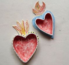 Flaming Sacred Heart Ceramic Milagros Nicho by demigodstudio 40 00 Ceramic Clay, Ceramic Pottery, Pottery Art, Slab Pottery, Pottery Studio, Ceramic Bowls, Diy Clay, Clay Crafts, Arts And Crafts