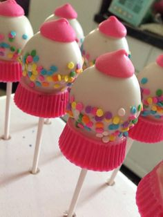 12 Bubble Gum Machine Cake Pops!! I can make these to match any party theme!! The bottom of these cake pops have peanut butter in them...please let me know if you would like a different option!! Thank