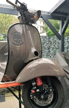 Vespa PX Lackierung Fiat 500 Punk Grau