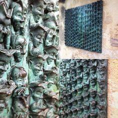 Bravo à @poutge d'avoir trouvé, la première œuvre  Saurez-vous trouver d'où viens celle-ci ?  Si vous voulez un indice, allez voir notre compte Facebook