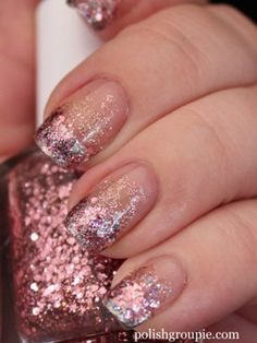 Here's how to give yourself a fancy glitter manicure for Valentine's Day (plus other cool nail art ideas!) #nails #nailart #fancynails #fancy #popular #beauty #naildesigns