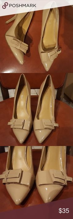 Nine West Nude Patent leather pumps 5.5 Nine West Nude Patent leather pumps 5.5 , gently used, with a few light marks (see pictures 4 and 7). Nine West Shoes Heels