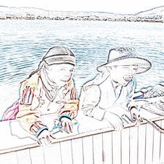 201309250206ss01sqip2 - Between #floating #islands on lake #titicaca. #floatingvillage #holiday #travel #Puno #Peru #Uros