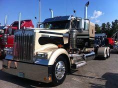 2012 SEMI TRUCK SHOW --- WILDWOOD, FL