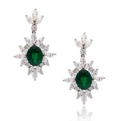Venus emerald and diamond drop earrings, Ohrringe, Smaragdohrringe, Diamantohrringe (scheduled via http://www.tailwindapp.com?utm_source=pinterest&utm_medium=twpin)