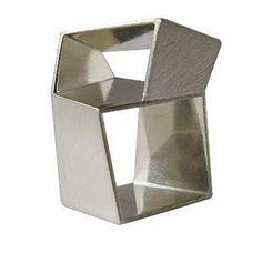 Szu-Min KUO - 'Distortion' Ring