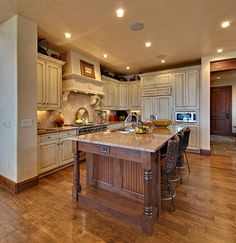 Designing Your Dream Home: Mountain Homes-Kitchens & Dining Rooms
