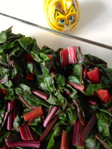 Baby beet greens are a common ingredient in field green salads. But have you ever eaten beet greens from mature beet plants? I must admit that until this weekend, I had not! What a shame -- all tho...