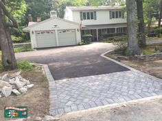 Asphalt Driveway with Paver Apron and Border in Coram, New York slatewalkway Permeable Driveway, Asphalt Driveway, Stone Driveway, Driveway Design, Driveway Landscaping, Concrete Driveways, Driveway Ideas, Walkways, Landscaping Ideas