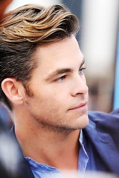 Chris Pine - I just want to run my fingers through his hair. I mean just look at it!