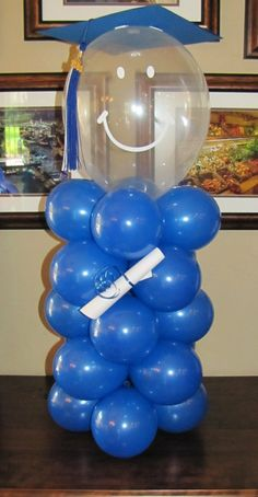 1000 images about graduation party on pinterest for Balloon decoration ideas for graduation
