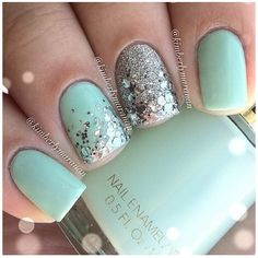 Very pretty blue mintyness. I can only dream about being that awesome with nails :O