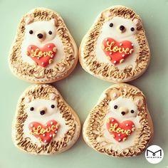 Galletas Cookies, Iced Cookies, Cute Cookies, Royal Icing Cookies, Cupcake Cookies, Sugar Cookies, Cookies Et Biscuits, Cupcakes, Hedgehog Cookies