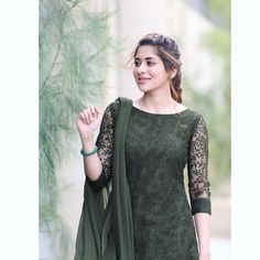 Image may contain: one or more people and people standing Salwar Suit Neck Designs, Neck Designs For Suits, Sleeves Designs For Dresses, Kurta Designs Women, Dress Neck Designs, Blouse Designs, Pakistani Casual Wear, Pakistani Outfits, Pakistani Clothing