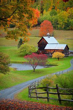 Vermont Barn in the Fall Season