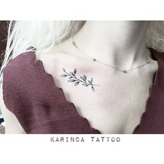 Branch on the collarbone http://instagram.com/bahadircemtattoo #collarbone #tattoo #collarbonetattoo #tattoodesign #dövme #smalltattoo #minimaltattoo #littletattoo #tattooideas