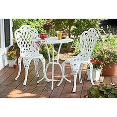 White cast iron bistro set