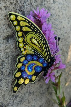 Large bright handmade art felt brooch Butterfly swallowtail. Hand embroidered holiday jewelry, bright black yellow brooch in the Gift Box.  Details: *Hand applique of black, yellow and blue felt. *Hand embroidered. French knot. *Beadwork. *Safety pin on the back side.  The brooch looks great on sweater, jacket, dress, scarf, hat or bag. Made with love! Made in a smoke free environment. All my items are made from eco-frendly 100% polyester korean felt fabric, 1-1,2mm thick, non toxic…
