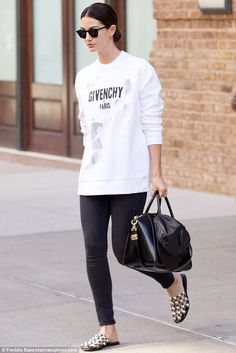 Stunner!Lily Aldridge flaunted her natural beauty and her effortlessly chic sense of style as she was spotted outside the Greenwich Hotel in New York City on Tuesday