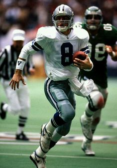 Dallas Cowboys Tattoo, Dallas Cowboys Rings, Dallas Cowboys Football, Football Images, Sports Images, Football Cards, Bears Football, Football Players, Football Helmets