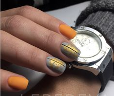 Manicure with foil - a bold solution for steep nail design Rose Nails, Gel Nails, Plain Nails, Uñas Fashion, Manicure Y Pedicure, Autumn Nails, Stylish Nails, Beautiful Nail Designs, Nail Shop