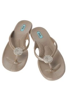 fd5b5fb7b8c5c6 s Sandals…the best spa sandals ever! I own these