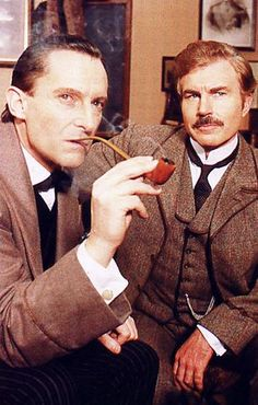 """""""Some actors fear if they play Sherlock Holmes for a very long run the character will steal their soul, leave no corner for the original inhabitant"""" Jeremy Brett. Here with David Burke as John Watson. Jeremy Brett Sherlock Holmes, Adventures Of Sherlock Holmes, Sherlock Bbc, Granada, David Burke, Famous Detectives, Elementary My Dear Watson, 221b Baker Street, Arthur Conan Doyle"""