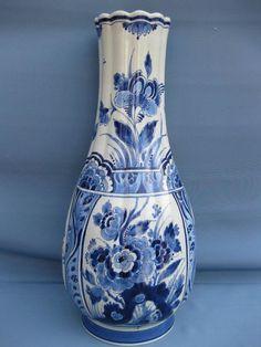 Catawiki Online-Auktionshaus: Porceleyne Fles - grote aparte conische bloemenvaas