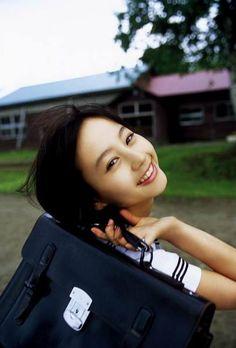 Japan Girl, My Youth, Poses, School Uniform, Hermes Kelly, Asian Beauty, Actors & Actresses, Beautiful Women, Shoulder Bag