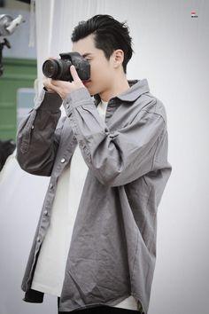Shan Cai, Hua Ze Lei, Meteor Garden 2018, Cute Celebrities, Look, Raincoat, People, Asian, Meteor Garden