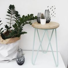 Are you interested in our hairpin stool? With our hairpin side table you need look no further. Unusual Furniture, Vintage Furniture, Painted Furniture, Hairpin Table, Hairpin Legs, Garden Floor, Mirror With Shelf, Wooden Stools, End Tables