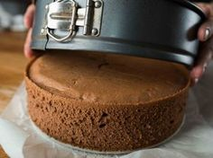Finally I found a recipe for the perfect cake sponge: Without a gram of flour and taste .- Konečně jsem našla recept na dokonalý piškot na dort: Bez gramu mouky a chu… Finally I found the recipe for the perfect sponge cake … - Healthy Cake, Super Healthy Recipes, Sweet Recipes, Hungarian Desserts, Hungarian Recipes, Sweet Desserts, Delicious Desserts, Food Cakes, Cupcake Cakes