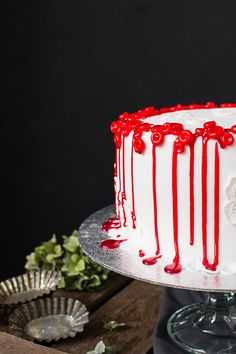 Painted by Cakes | Maku - Blood cell cake