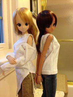 Smart Doll Kizuna Yumeno and Ebony by GhostKarin