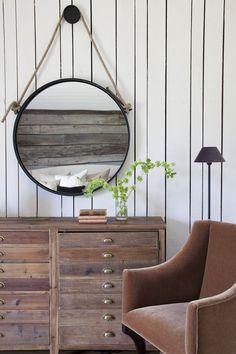 plank walls and fabulous furniture ~ design by 'rachel halvorson designs' - photo by 'caroline allison'