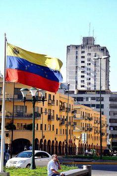 Venezuela @ClubVenezuela Bella nuestra bandera de Venezuela #vivavenezuela #venezuela