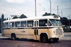 met de G T W bussen gingen we vroeger naar de betuwe waar mijn tante woonde