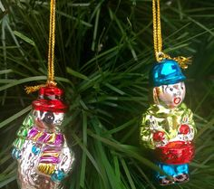 TWO GLOSSY MINIATURE GLASS CHRISTMAS ORNAMENTS COLLECTIBLES~DRUMMER BOY /SNOWMAN #Unbranded