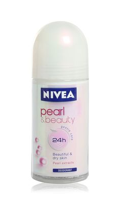 nivea pearl beauty deodorantti Skin Pearl, Vodka Bottle, Water Bottle, Dry Skin, Deodorant, Life Is Good, Pearls, Drinks, Beautiful