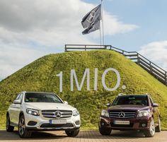 """1,337 aprecieri, 5 comentarii - Mercedes-Benz Kundencenter (@mbkundencenter) pe Instagram: """"Wir feiern über eine Million verkaufte GLC und GLK 🎉 #MercedesBenz #GLC #GLK #MadeInBremen…"""""""