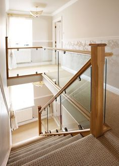 30 Stunning Wooden Stairs Design Ideas For Your Home Stair Railing Design, House Staircase, Wood Staircase, Staircase Railings, Staircase Ideas, Banisters, Stairways, Banister Ideas, Glass Stairs