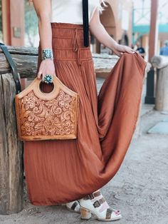 Jun 2019 - Gorgeous rust pleated skirt with a shirred waistband, vintage leather handbag, turquoise jewels and topped off with cute Freebird Booties! Popular Handbags, Cheap Handbags, Handbags Michael Kors, Purses And Handbags, Luxury Handbags, Celine Handbags, Cheap Purses, Coin Purses, Leather Tooling
