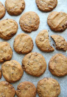 Gomlekaker (cookies av brune pinner) - Krem.no Norwegian Christmas, Recipe Boards, Sorbet, Biscotti, Panna Cotta, Food And Drink, Snacks, Cookies, Baking