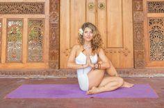 9. Seated Spinal Twist (Ardha Matsyendrasana)