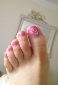 40 Creative Toe Nail Art Designs And Ideas Pink Toe Nails, Pretty Toe Nails, Cute Toe Nails, Summer Toe Nails, Pink Toes, Toe Nail Art, Fancy Nails, Spring Nails, Diy Nails