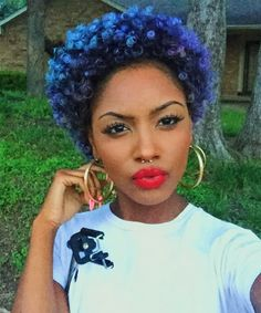 10 Women Who Rock Blue Hair So Well