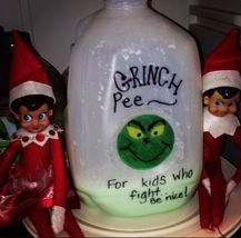 Elf on the shelf Grinch Pee - for kids who fight. Be nice! Christmas Elf, All Things Christmas, Christmas Ideas, Christmas Carol, Christmas Crafts, Awesome Elf On The Shelf Ideas, Elf Auf Dem Regal, Elf Magic, Elf On The Self